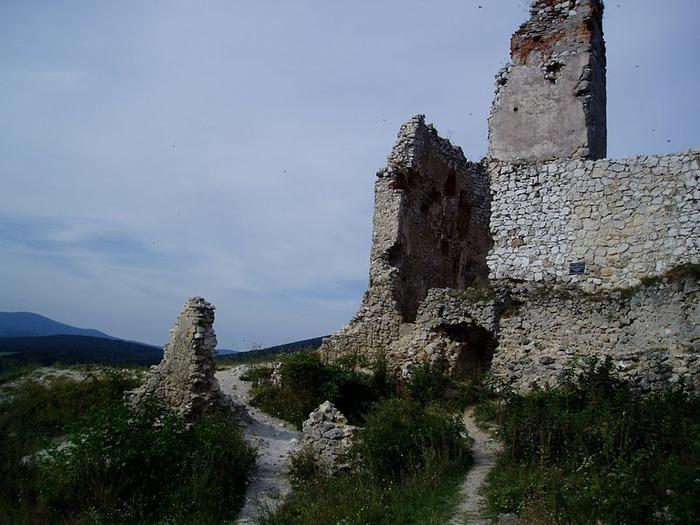 Чахтицкий замок (Cachtice castle) -замок Кровавой Графини. 73917