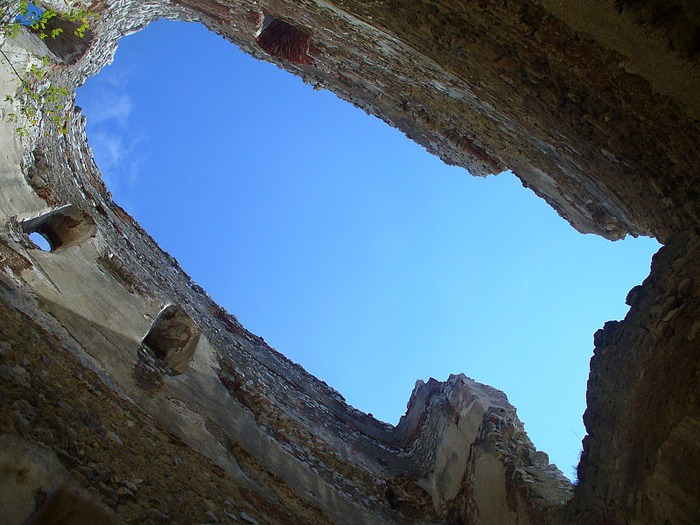 Чахтицкий замок (Cachtice castle) -замок Кровавой Графини. 83819