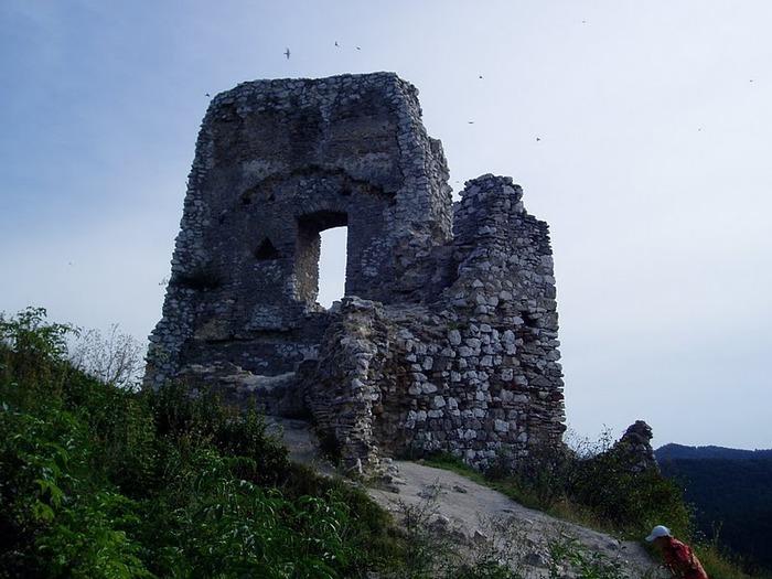 Чахтицкий замок (Cachtice castle) -замок Кровавой Графини. 78709