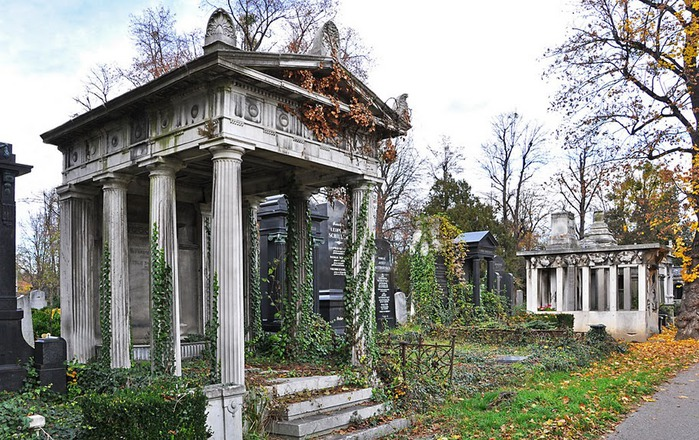 10 интереснейших кладбищ Европы 77213