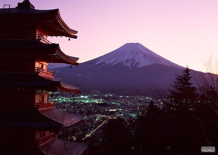 Величественный символ Японии - гора Фудзи 1