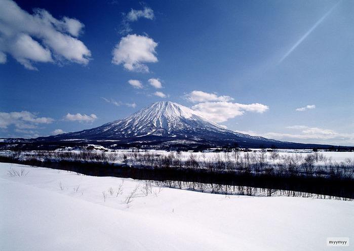 Величественный символ Японии - гора Фудзи 8