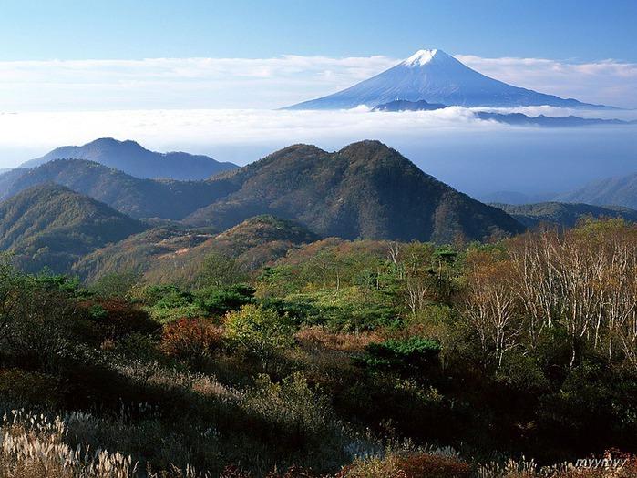 Величественный символ Японии - гора Фудзи 16