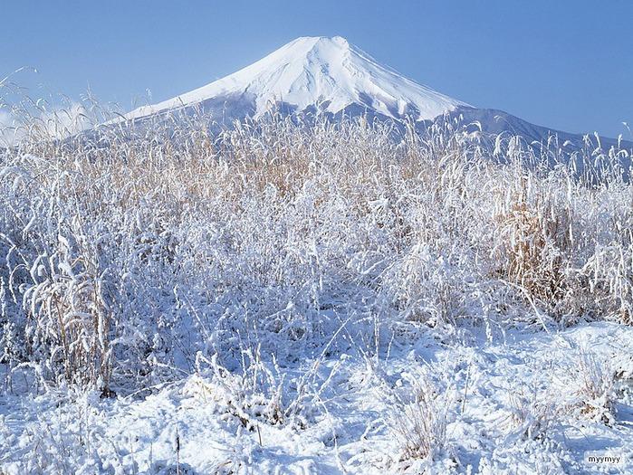 Величественный символ Японии - гора Фудзи 22