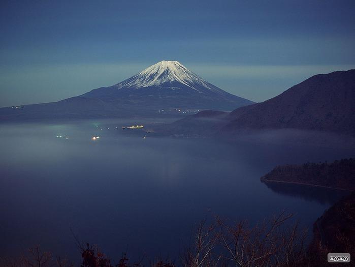 Величественный символ Японии - гора Фудзи 18