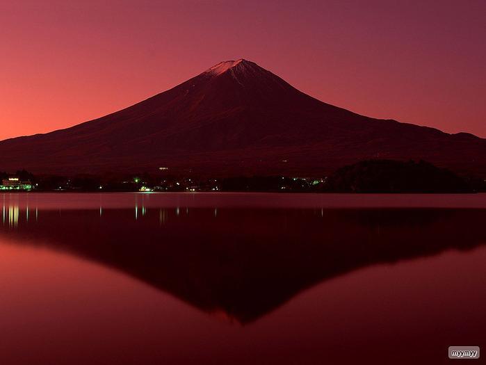 Величественный символ Японии - гора Фудзи 45