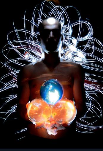 Интересные фото жонглёра