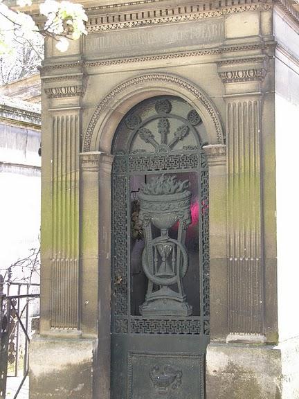 Кладбище Пер-Лашез 24880