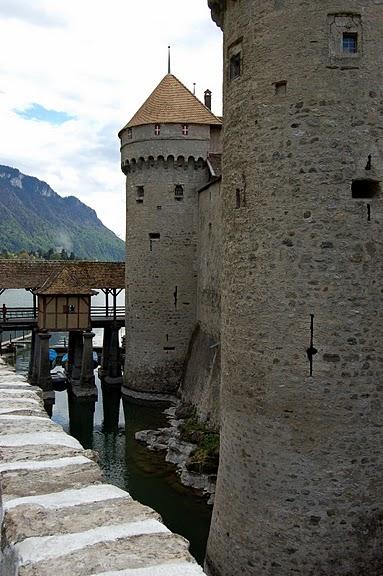 Шильонский замок (Швейцария) 16392