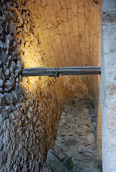 Шильонский замок (Швейцария) 71019