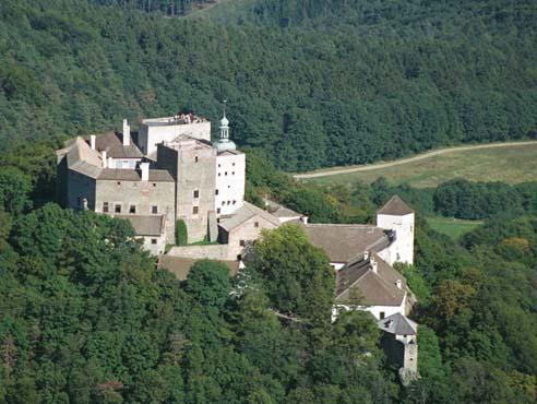 Замок Бухлов (Buchlov) 88429