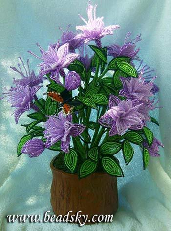 Деревья и цветы из бисера)))