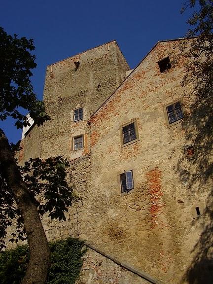 Замок Бухлов (Buchlov) 59100