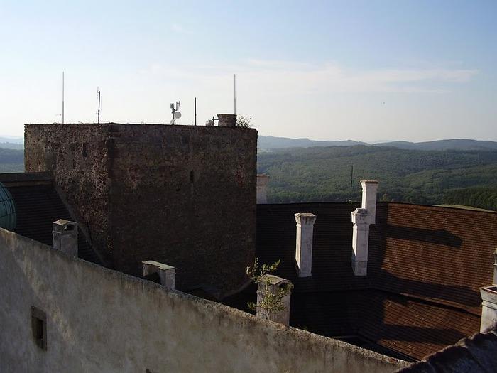 Замок Бухлов (Buchlov) 76227