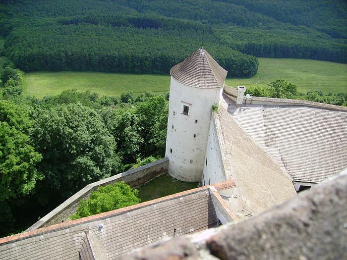 Замок Бухлов (Buchlov) 33211