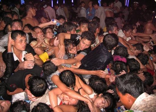 Число погибших в Камбодже выросло до 345 человек 90627