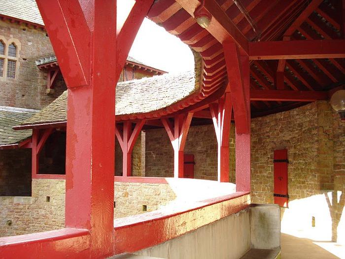 "CASTELL COCH -""Красный замок"". 49570"