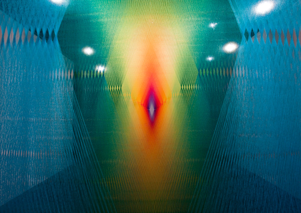 Инсталляции из нитей от Гэбриэлы Доу (Gabriel Dawe