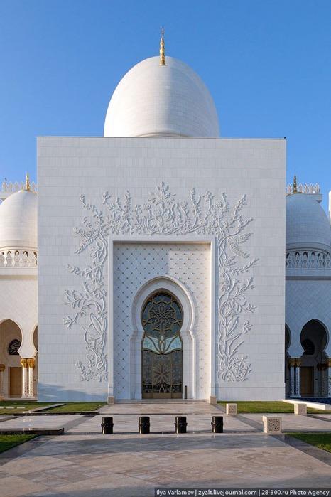 Мечеть шейха Зайда 11