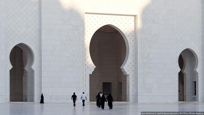 Мечеть шейха Зайда 17