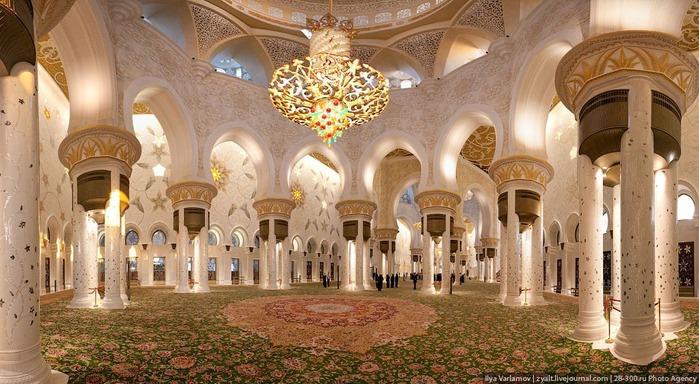 Мечеть шейха Зайда 23