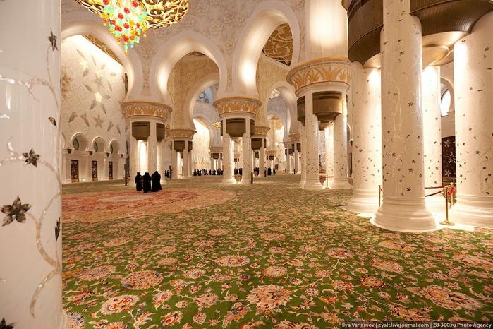 Мечеть шейха Зайда 27