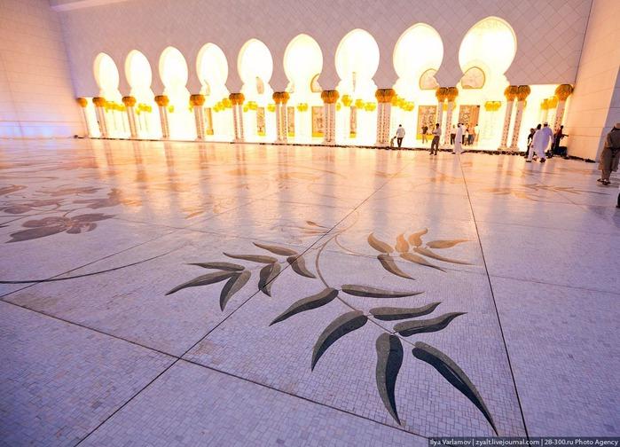 Мечеть шейха Зайда 44