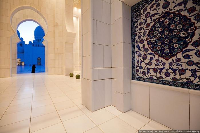 Мечеть шейха Зайда 48