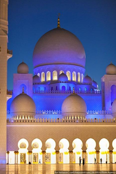 Мечеть шейха Зайда 52