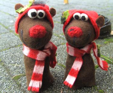 новогодние игрушки из шерсти