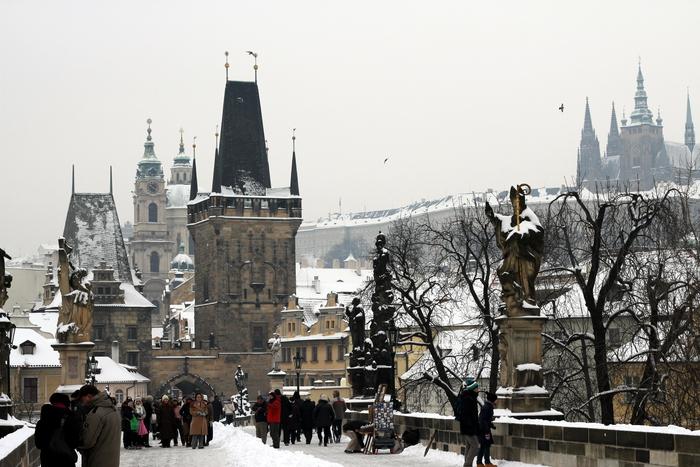 Прага. 2 стороны.