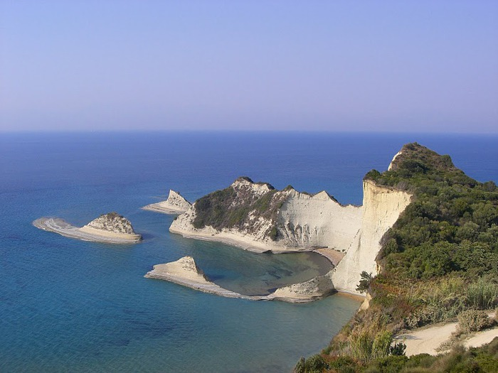 Корфу - «остров вечных возвращений». 33346