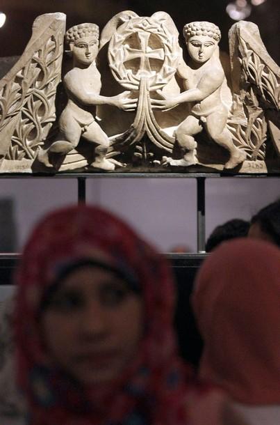 Выставка коптского искусства в Каире, 8 декабря 2010 года.