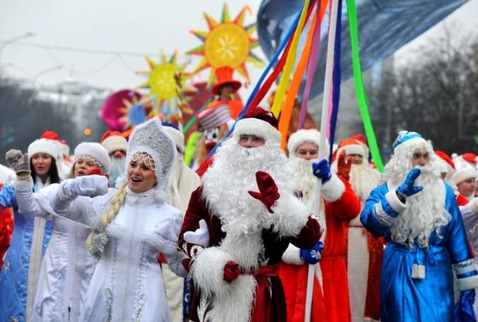 Рождественские гуляния в центре Минска, 25 декабря 2010 года.