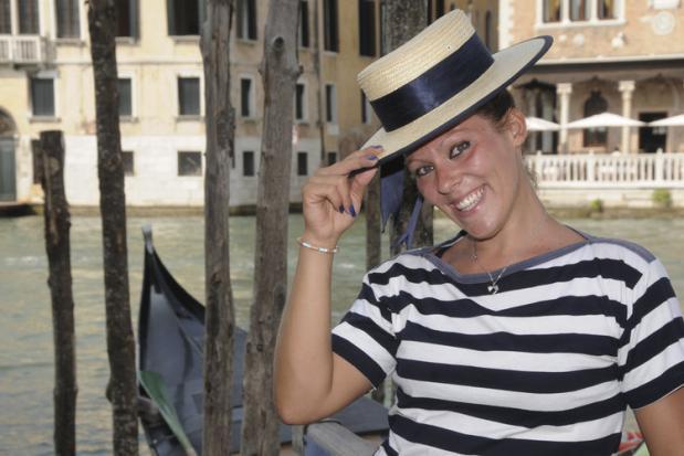 В Венеции появилась первая женщина-гондольер 90779
