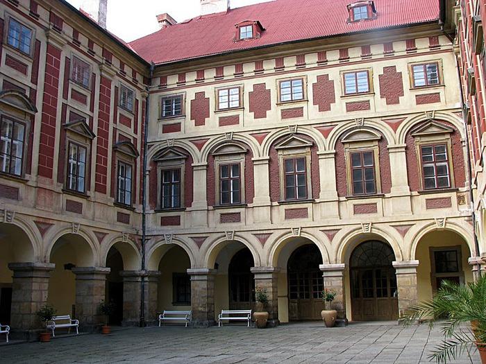 Замок Либоховице . Libochovice 13805