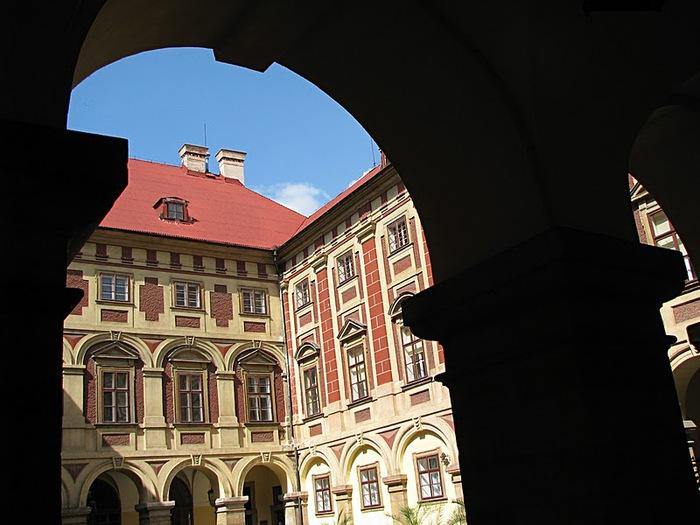 Замок Либоховице . Libochovice 14419