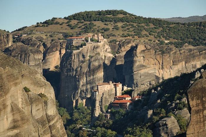 Монастыри Метеоры – парящие в воздухе 78936