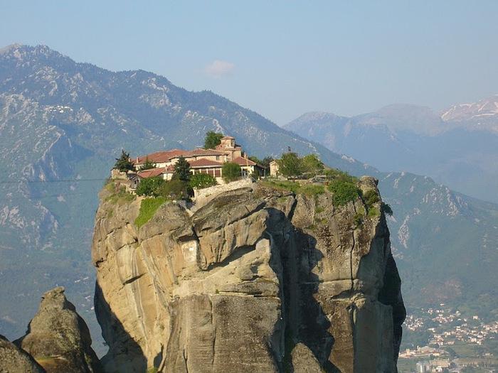 Монастыри Метеоры – парящие в воздухе 32269