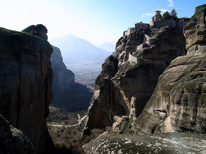 Монастыри Метеоры – парящие в воздухе 13395