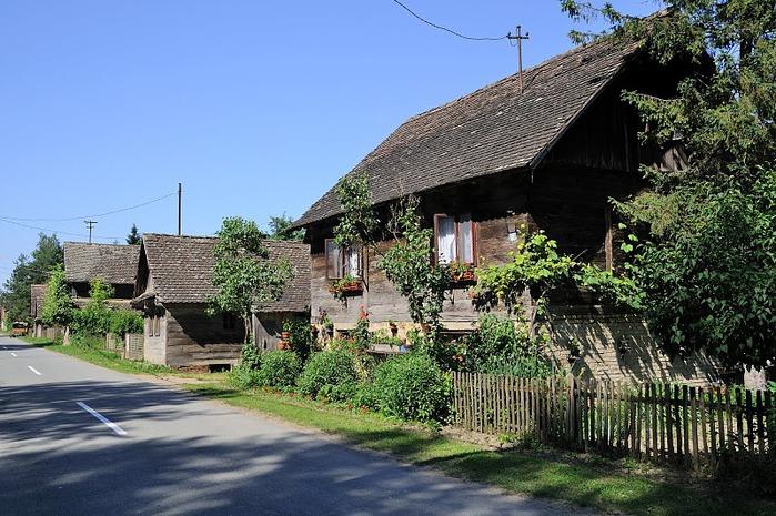 Деревянные дома в заповедном болоте - «Лоньско поле» 74544