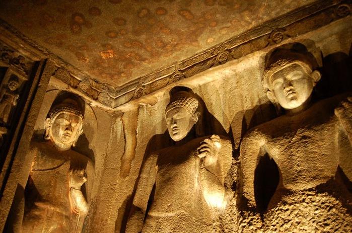 Фрески Аджанты - История на каменных сводах 91572