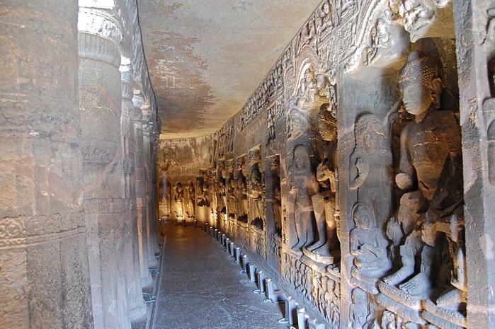 Фрески Аджанты - История на каменных сводах 93041