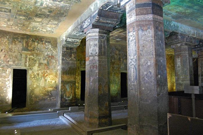 Фрески Аджанты - История на каменных сводах 90323