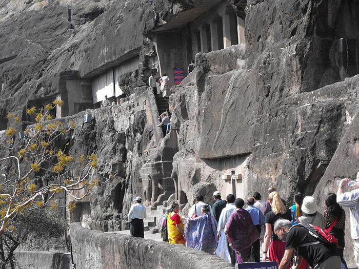 Фрески Аджанты - История на каменных сводах 68329