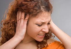 как не застудить уши