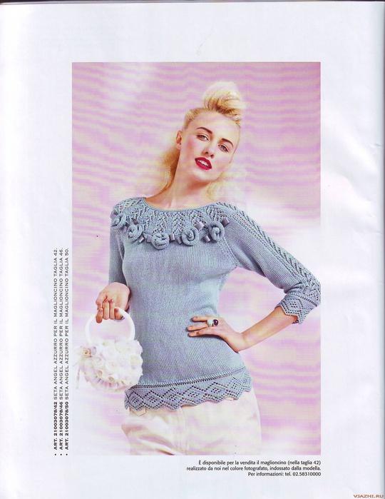 """_20100303_1713116209 (540x699, 113 K<br /> Лазурный женский пуловер с розочками из Mani di Fata 3 2010.<br /> <br /> Размер: 42 (46, 50).<br /> <br /> Материалы:<br /> 450 (500, 550) г шелковой пряжи """"Angel"""" лазурного цвета.<br /> спицы № 2.5, 3 и 3.5.<br /> <br />  <br /> <br /> Виды вязок:<br /> лицевая гладь<br /> изнаночная гладь<br /> ажурная бейка: вязать по схеме А. Выполнив 22 р., повторять с 3-го р. схемы.<br /> ажурный узор: вязать по схеме В: для рукава выполнять всю часть. Для бейки горловины вязать от А до В. Выполнив 6 р., повторять с 1-го р. схемы.<br />"""