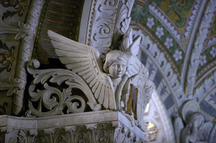 Базилика Нотр-Дам де Фурвьер , Лион 33210