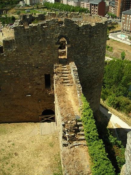 Понферрада (Castillo de Ponferrada) - Замок тамплиеров 58974