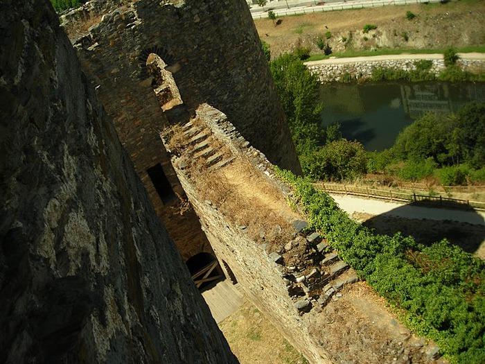 Понферрада (Castillo de Ponferrada) - Замок тамплиеров 42910